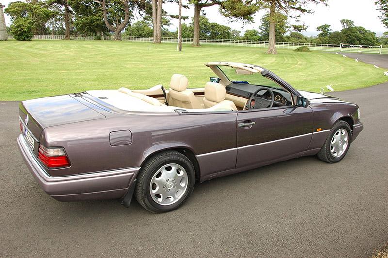 sold 1995 mercedes benz e220 cabriolet w124 prestige. Black Bedroom Furniture Sets. Home Design Ideas